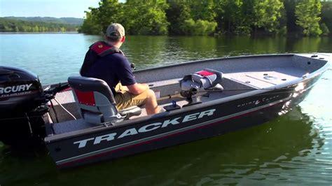 bass tracker alum boats tracker boats 2016 guide v 16 laker dlx t deep v aluminum