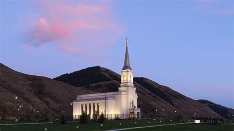 star valley temple open house public invited to tour star valley wyoming mormon temple