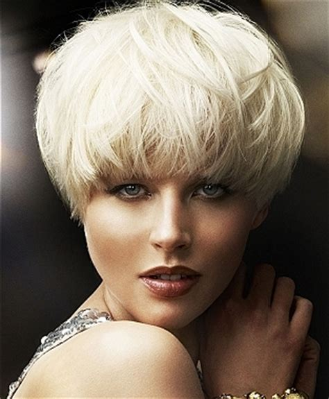 short hairstyles like mushron mushroom haircut 2011 short hairstyle 2013