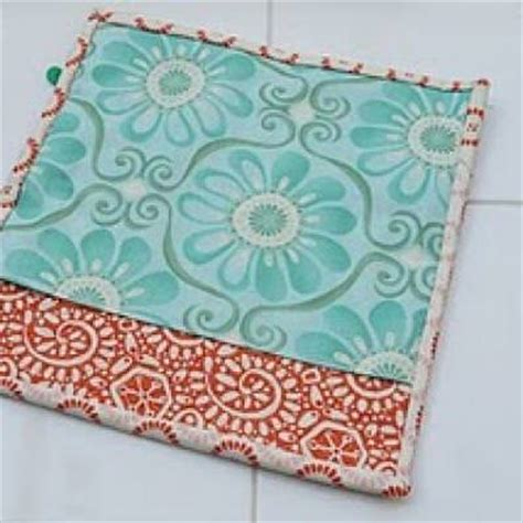 Quilted Potholder Tutorial by Quilted Potholder Sewing Tutorial Tip Junkie