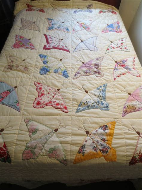 Handkerchief Butterfly Quilt Pattern by 238 Best Images About Vintage Linen Quilts On