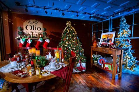 magical pennsylvania town  lititz transforms     christmasville  season