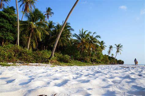 Pasir Pantai pantai pasir putih indonesia yang mengagumkan liburmulu