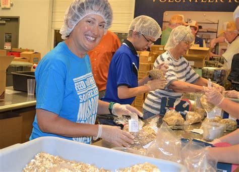 florida volunteering at all 204 food banks makes
