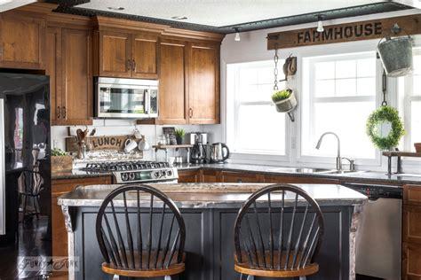 best 25 farmhouse kitchen cabinets ideas on pinterest best 25 farmhouse kitchens ideas on pinterest farm house