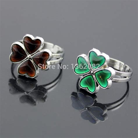 Three Leaf Flower Shape Beautiful Mood Ring The Best Mood Ring 2017 wholesale color changing clover mood rings four leaf