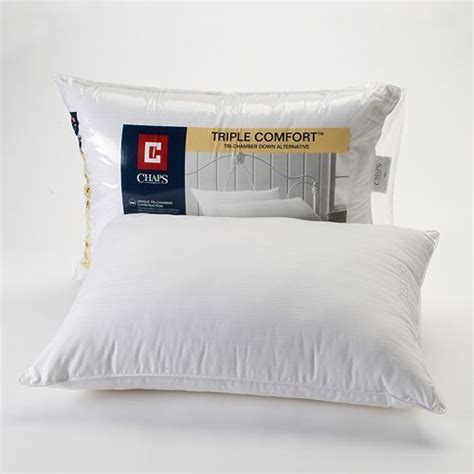 kohls bed pillows 32 best images about for the home bedroom on pinterest