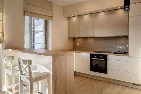 lada da cucina cucina piccola con isola stile moderno pubblicato da