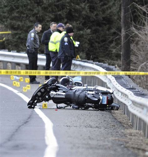 Motorcycles Bristol Ct by Fatal Motorcycle Accident Closes Route 25 In Newtown