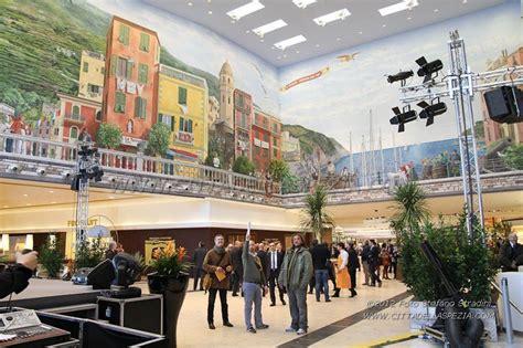 centro commerciale le terrazze spezia la magnifica illusione ottica dei murales di a fresco