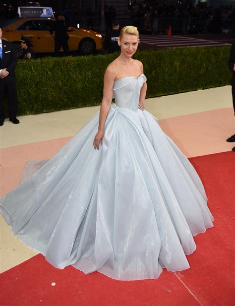 claire danes zac posen gown met gala 2016 red carpet recap beyonc 233 taylor swift kim
