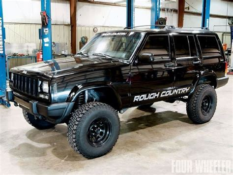 jeep xj lifted rough country lifted jeep cherokee black jeeps