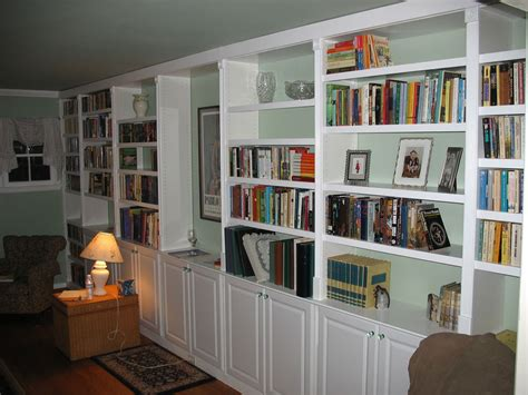 Interior Design For Bookshelves by How To Make A Interior Design With Built In Bookshelves Homesfeed
