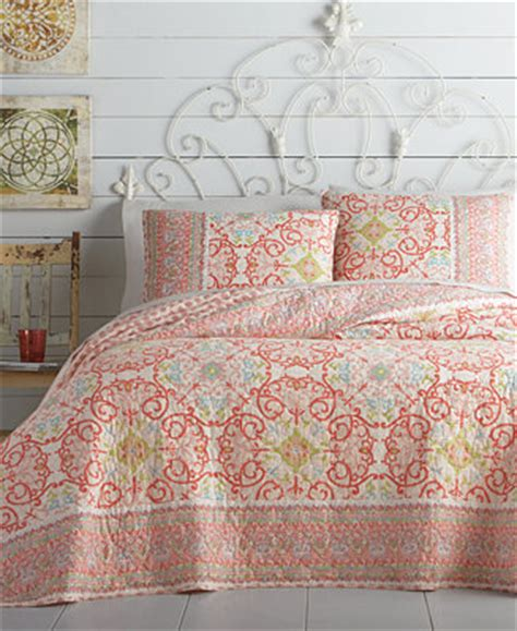 jessica simpson bedding jessica simpson alila quilt collection quilts