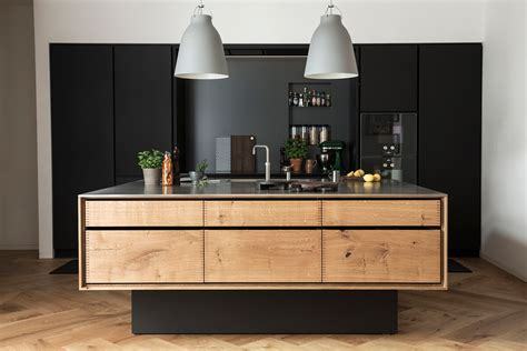 Art Deco Kitchen Design by Une Cuisine En Noir Amp Bois Frenchy Fancy