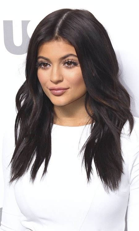 Kylie Jenner?s Hair Colors to Try in 2017   New Haircuts