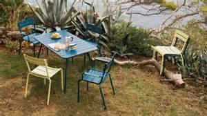 salon de jardin le coin gard qaland