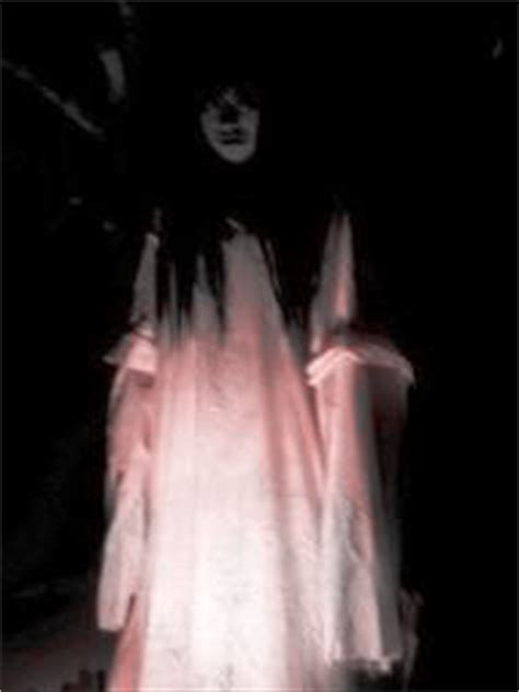 film hantu jaman dulu waris djati mistik dendam kuntilanak