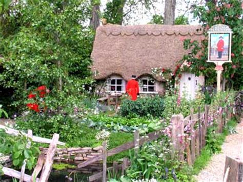 Cottage Show by Garden Designs At The Rhs Chelsea Flower Show 2005