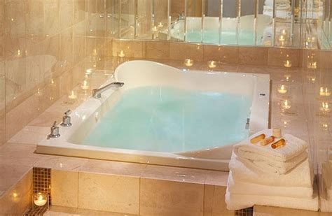 hotels with jacuzzi bathtubs pinterest the world s catalog of ideas