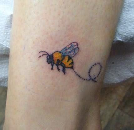 bumble bee tattoos designs bumblebee images designs