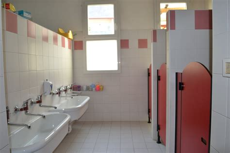 bagno scuola scuola dell infanzia ausiliatrice i bagni
