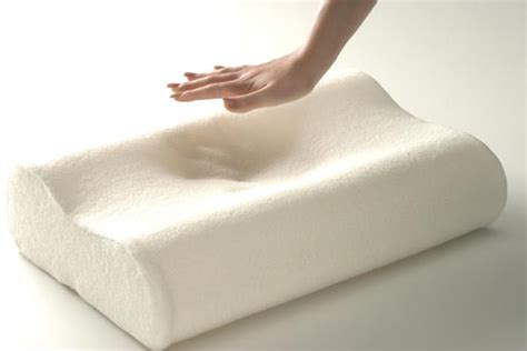 Great Pillows For Side Sleepers by Best Pillows For Side Sleepers That Are Important For