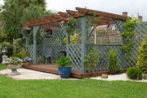 Pergola Ideas For Patio by Beyond The Patio Umbrella Pergola Ideas Modernize
