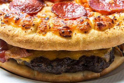 piazza hamburg atlanta braves to offer burger with pepperoni pizzas as