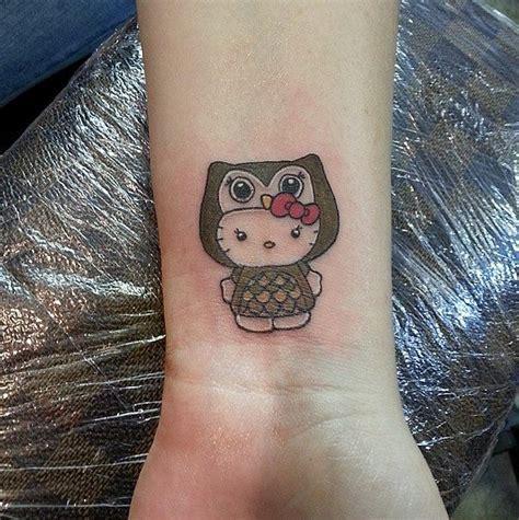tattoo fail hello kitty 25 best ideas about kitty tattoos on pinterest cat