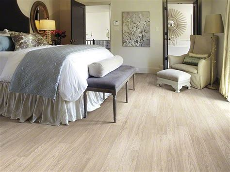 light colored laminate flooring check out more design and flooring ideas on www