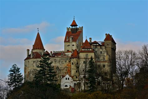 home to dracula s castle in transylvania transylvania bran draculas castle 05 flickr