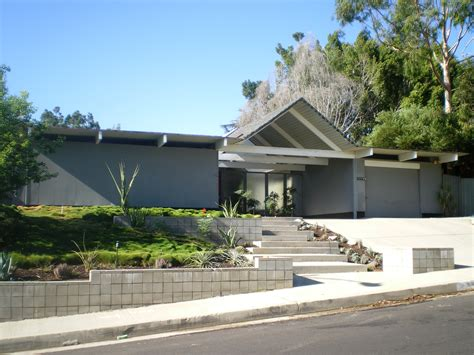 eichler style home joseph eichler and the apple architectoid