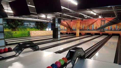 cineplex neufahrn bowling billard lasertag cineplex neufahrn der monat
