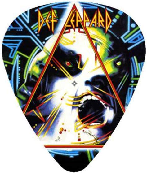 Kaos Def Leppard Logo 1 rock merch universe def leppard merch store t shirt