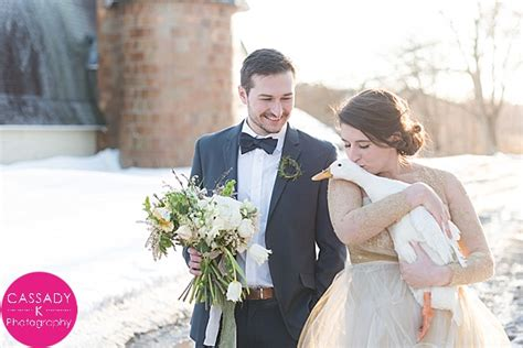 Gold Winter Wedding Inspiration   Poconos, Pennsylvania