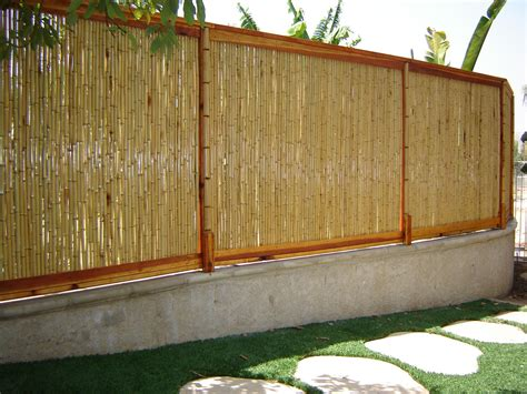 How To Make A Bamboo L by Bamboo Fence 1 Quot D X 8 H X 8 L