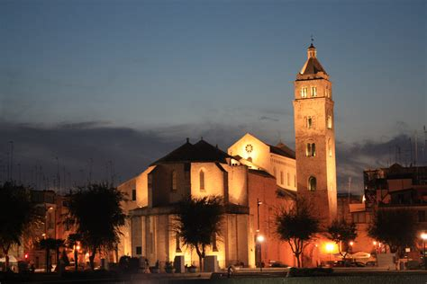 a barletta file barletta cattedrale retro01 jpg