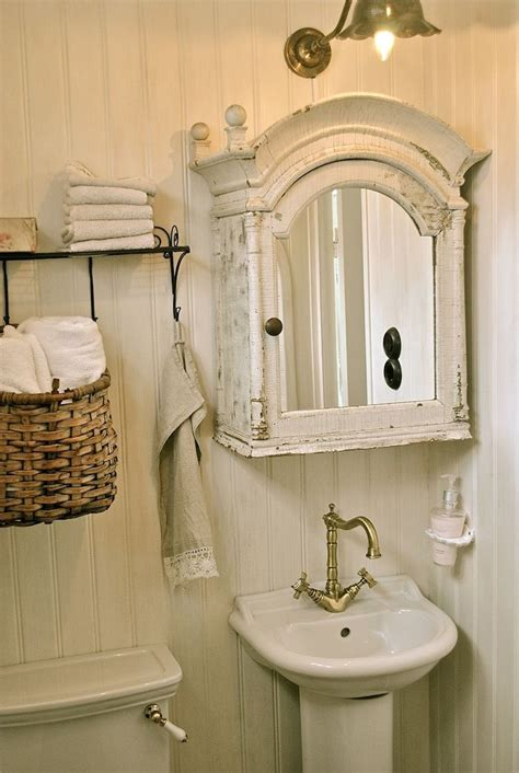 small vintage bathroom ideas  pinterest