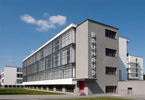 Das Bauhaus Walter Gropius by Unesco Welterbe Unesco Weltkulturerbe Stiftung Bauhaus