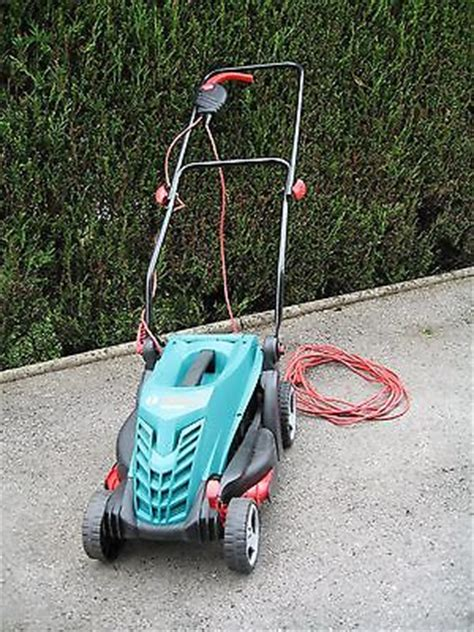 Bosch Rotak 34r Electric Corded Garden Lawnmower 34cm Cut