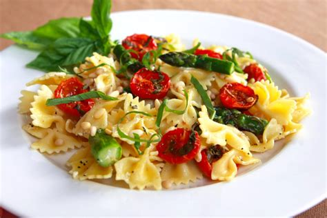 bow tie pasta with oven dried tomatoes tasty kitchen