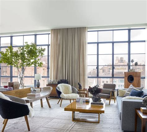 Marvelous How To Decorate A Gray Living Room #4: Yurman-loft-living-room-by-William-Waldron-courtesy-Elle-Decor.jpg