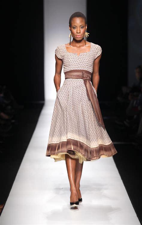 modern shweshwe dresses sotho haute fashion africa fashionistazee zee fashionista