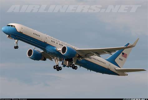 usa air 98 0001 boeing c 32a 757 2g4 aircraft picture air boeing 757 200