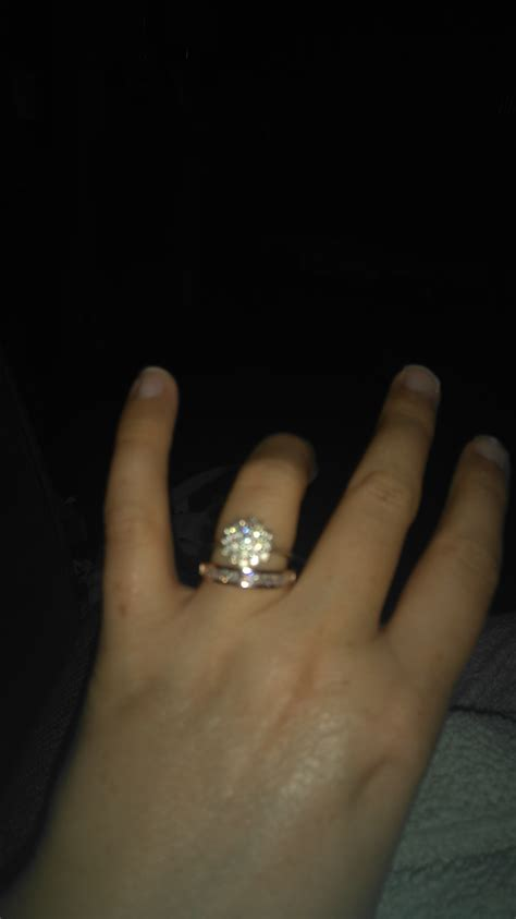 anyone have wedding bands that do not quot match your