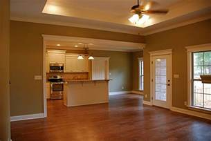 House Plans 1800 Sq Ft Traditional Style House Plan 4 Beds 2 Baths 1750 Sq Ft