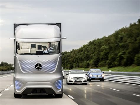 future mercedes truck mercedes is making a self driving semi to change the
