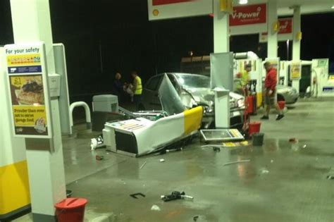 Local Shell Garage by Rising Bridge Restaurant Evacuated And Roads Closed After