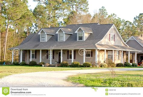 What Is A Ranch Style House by 72 Exterior House Colors Or Ranch Style Homes Homedecort